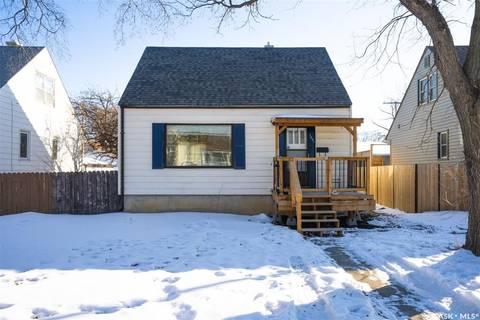House for sale at 1251 Mcintosh St Regina Saskatchewan - MLS: SK799230