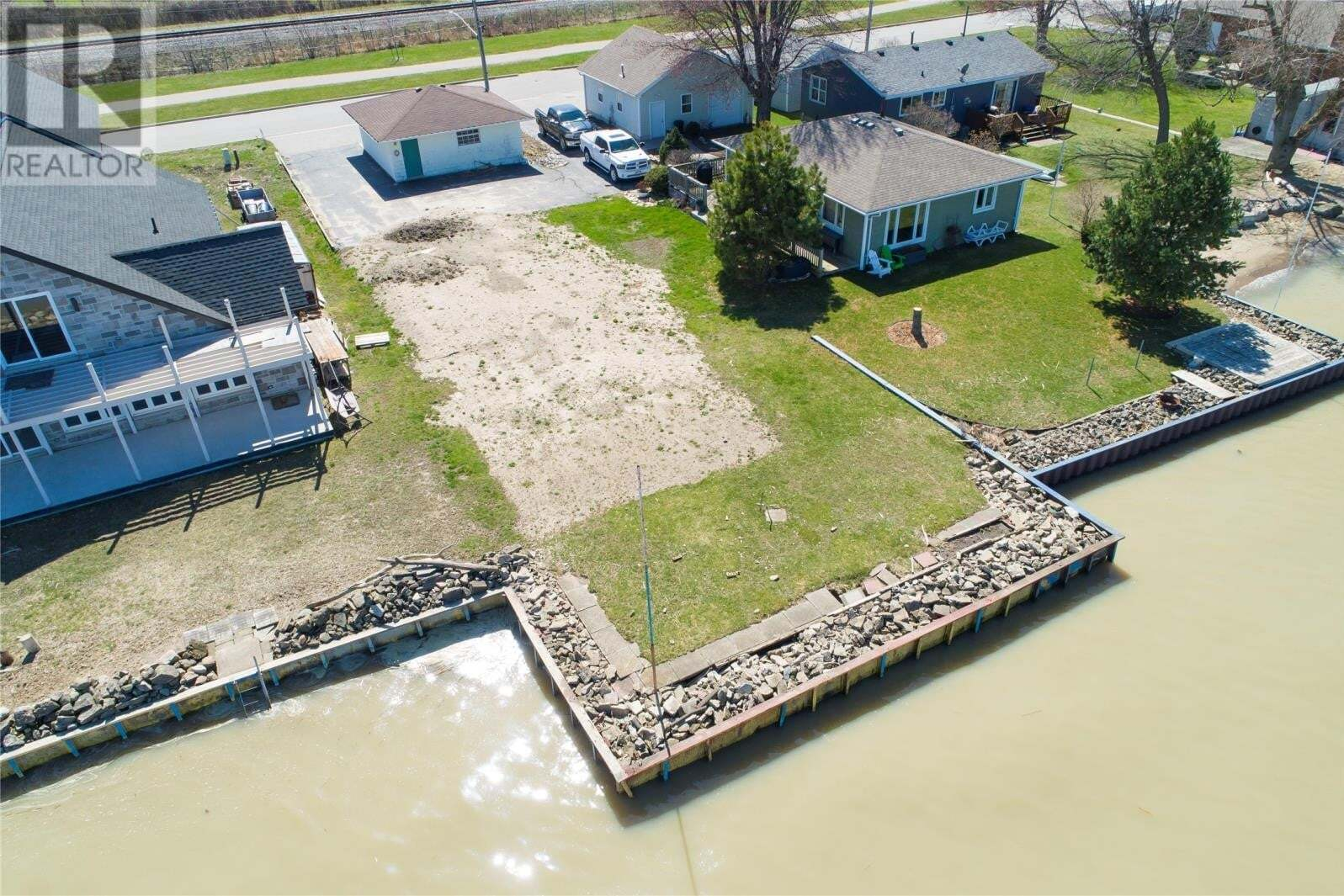 Residential property for sale at 1252 Shoreline  Lakeshore Ontario - MLS: 20011676