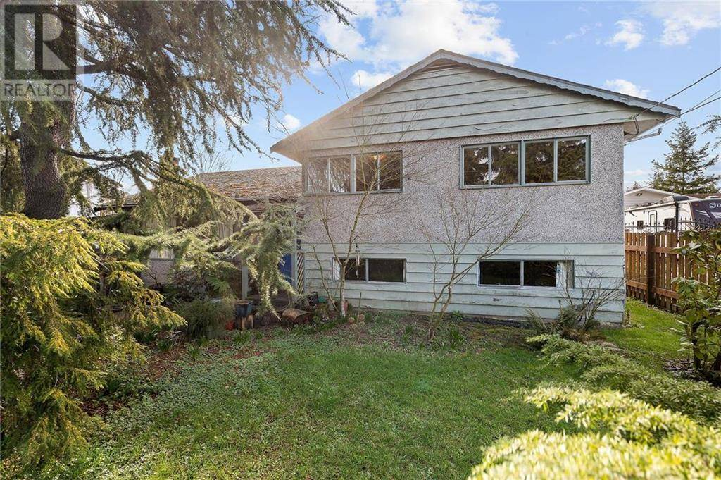 1255 Marchant Road, Central Saanich   Image 1