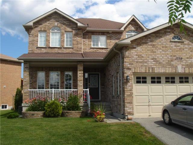 For Sale: 1256 Gina Street, Innisfil, ON | 3 Bed, 3 Bath House for $875,000. See 19 photos!