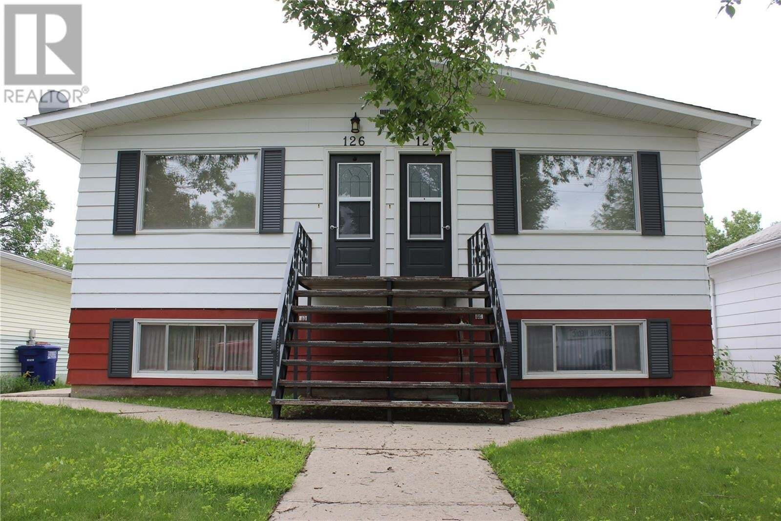 House for sale at 128 5th Ave W Unit 126 Shaunavon Saskatchewan - MLS: SK818425