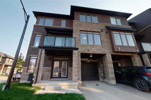 Townhouse for rent at 30 Times Sq Unit 126 Hamilton Ontario - MLS: X4929509