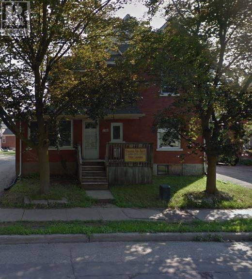 Townhouse for sale at 126 Albert St Waterloo Ontario - MLS: 30790000