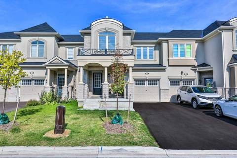 Townhouse for sale at 126 Hutt Cres Aurora Ontario - MLS: N4607374