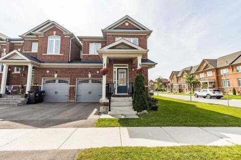 Townhouse for sale at 126 Kempenfelt Tr Brampton Ontario - MLS: W4911010