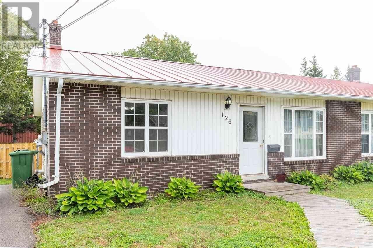 House for sale at 126 Kensington Rd Charlottetown Prince Edward Island - MLS: 202018641