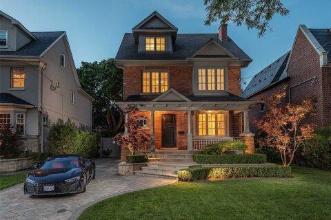 House for sale at 126 Lytton Blvd Toronto Ontario - MLS: C4992802