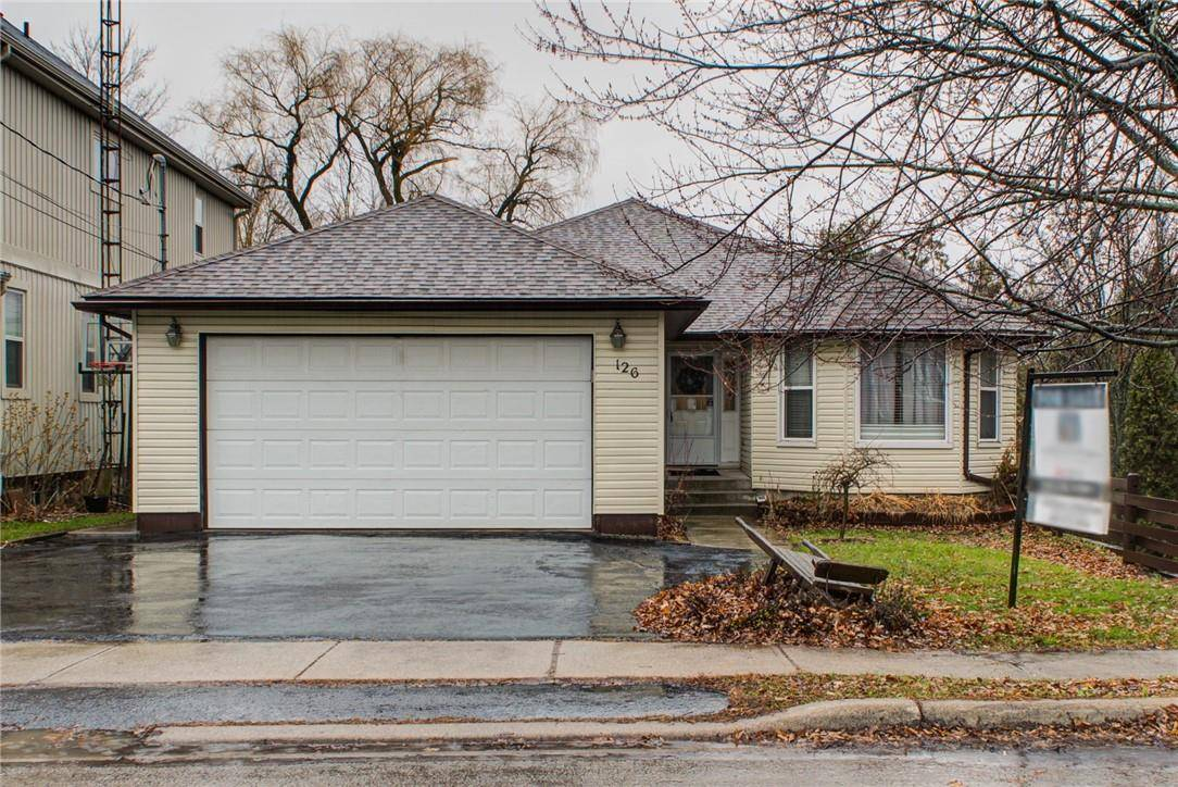 House for sale at 126 Orkney St E Caledonia Ontario - MLS: H4069156