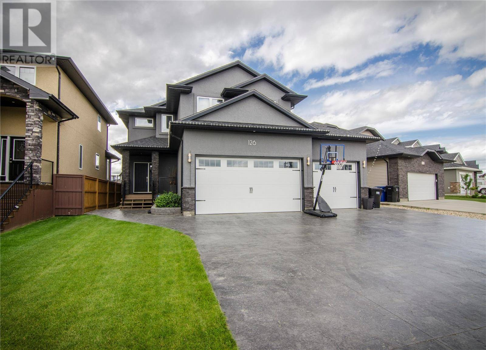 House for sale at 126 Stefaniuk Cres Saskatoon Saskatchewan - MLS: SK792599