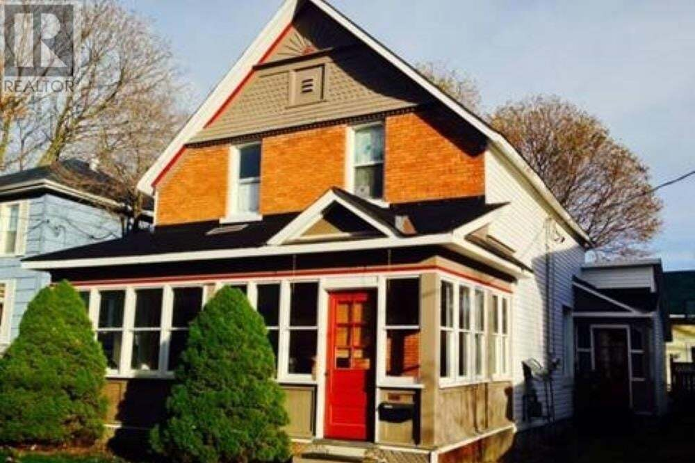 Townhouse for sale at 126 Woodward Ave Sault Ste. Marie Ontario - MLS: SM128417