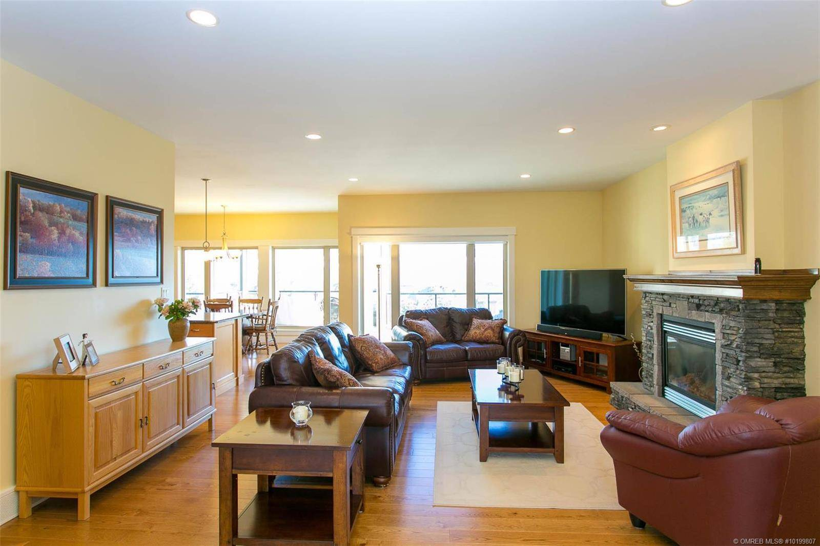 12612 Driftwood Court, Lake Country | Image 2