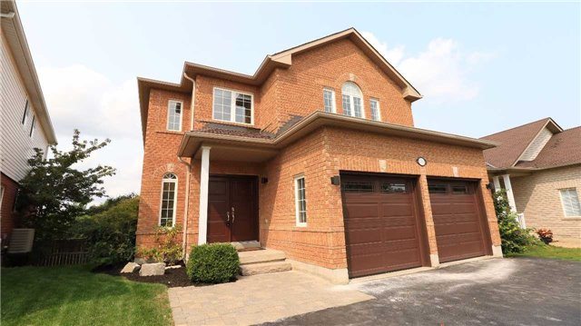 For Sale: 1263 Gina Street, Innisfil, ON | 5 Bed, 4 Bath House for $977,000. See 20 photos!
