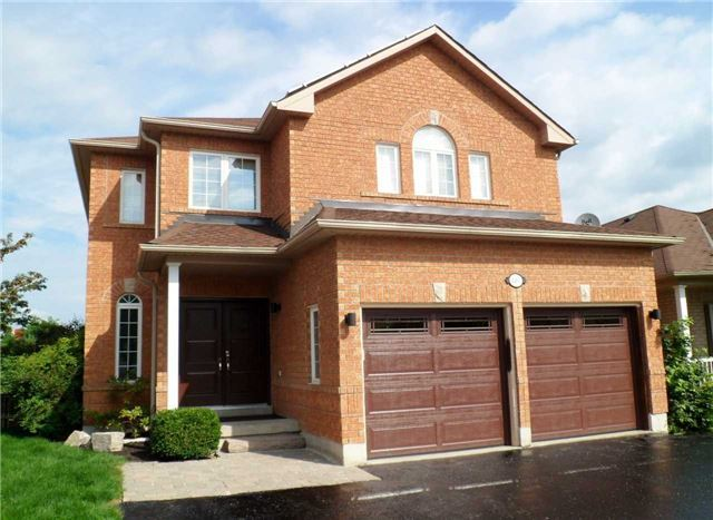 For Sale: 1263 Gina Street, Innisfil, ON | 5 Bed, 4 Bath House for $879,000. See 20 photos!