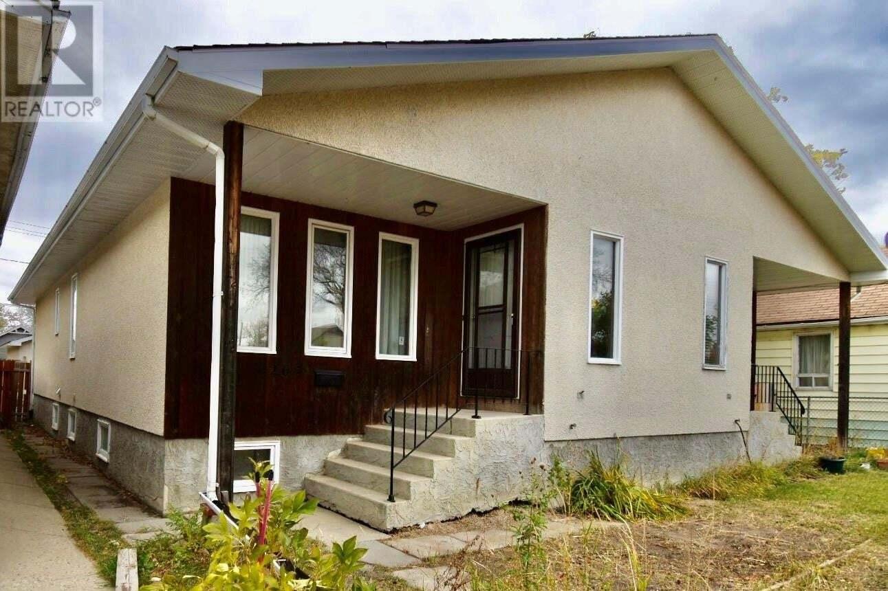 House for sale at 1265 Argyle St Regina Saskatchewan - MLS: SK829038
