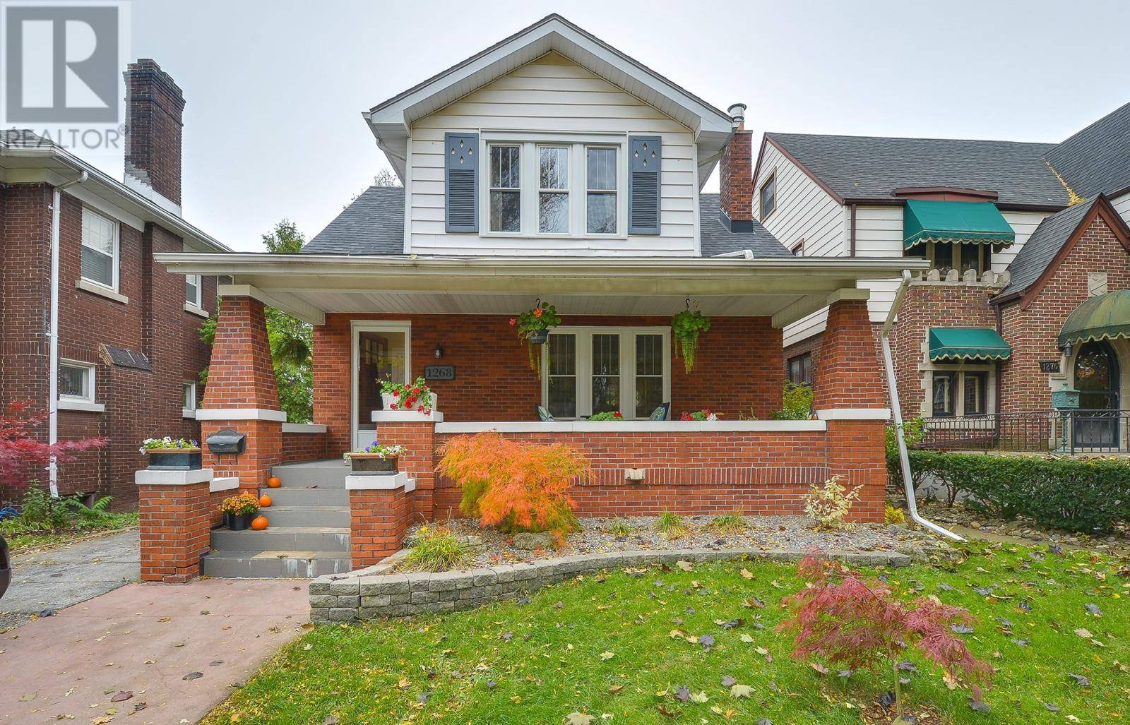 House for sale at 1268 Victoria  Windsor Ontario - MLS: 19028031
