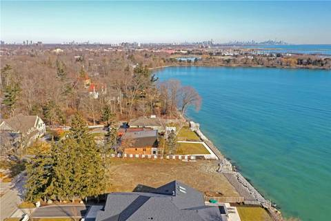 Residential property for sale at 126 Cumberland Dr Mississauga Ontario - MLS: W4666370