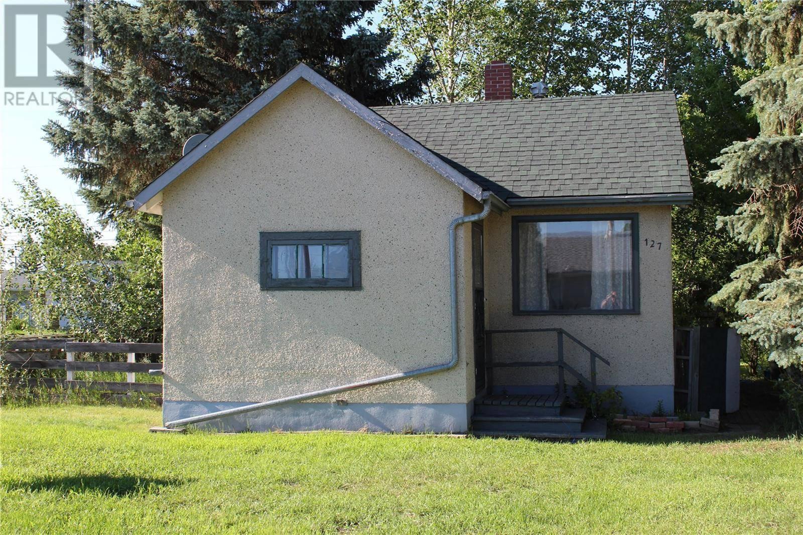 House for sale at 127 1st St W Langham Saskatchewan - MLS: SK764542