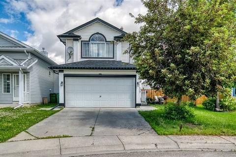 House for sale at 127 Anaheim Circ Northeast Calgary Alberta - MLS: C4255871