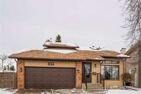 House for sale at 127 Bernard Me Northwest Calgary Alberta - MLS: C4279733
