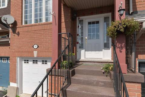 Townhouse for sale at 127 Dunlop Ct Brampton Ontario - MLS: W4550308