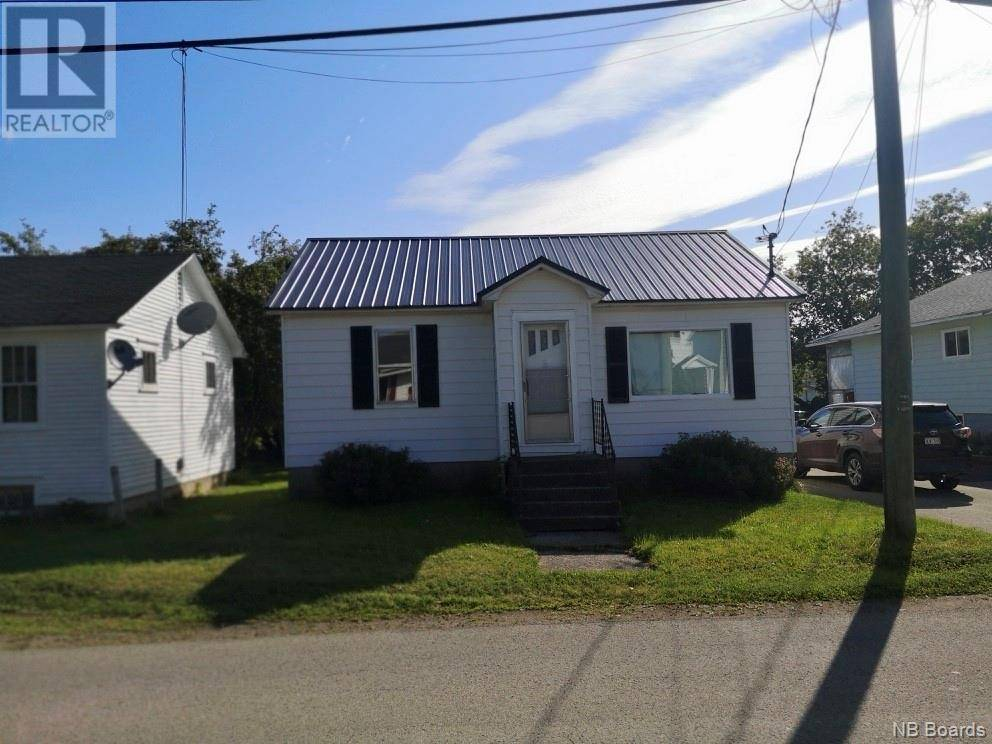 House for sale at 127 Floral Ave Sussex New Brunswick - MLS: NB032677