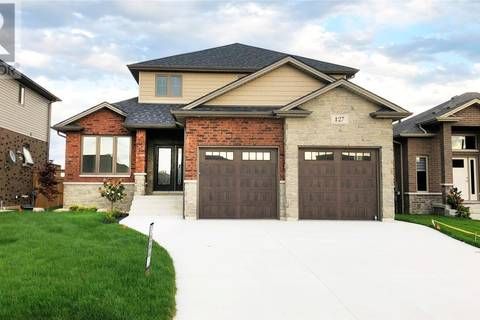 House for sale at 127 Golfview  Kingsville Ontario - MLS: 19012374