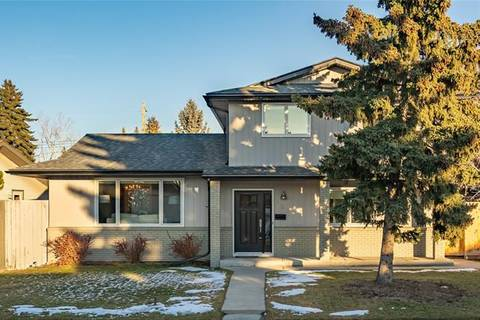 House for sale at 127 Lake Bonavista Dr Southeast Calgary Alberta - MLS: C4275044