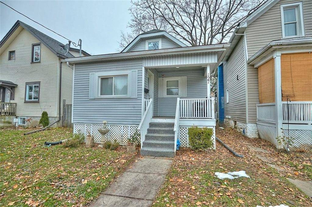 House for sale at 127 Page St St. Catharines Ontario - MLS: 30778455