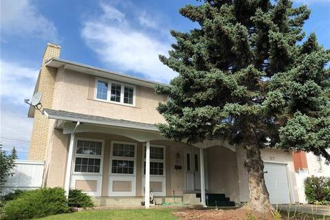 House for sale at 127 Queen Alexandra Cs Southeast Calgary Alberta - MLS: C4268590