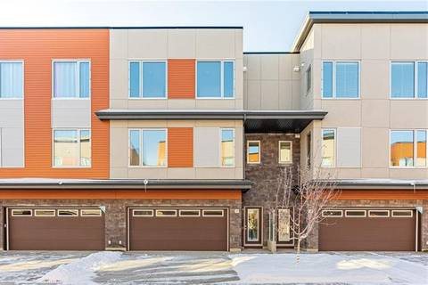 Townhouse for sale at 127 Shawnee Common Southwest Calgary Alberta - MLS: C4275351