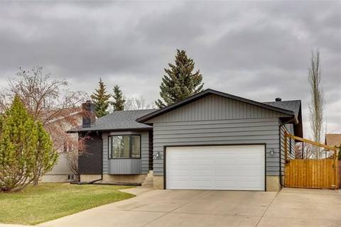 House for sale at 127 Woodbend Wy Okotoks Alberta - MLS: C4286981