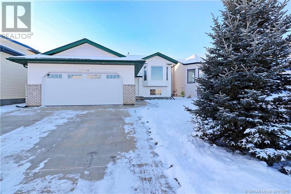 House for sale at 12706 89 St Grande Prairie Alberta - MLS: GP213212