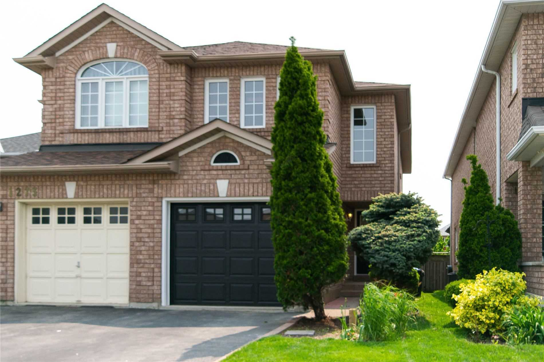 For Rent: 1271 Foxglove Place, Mississauga, ON | 3 Bed, 3 Bath Townhouse for $2800.00. See 39 photos!