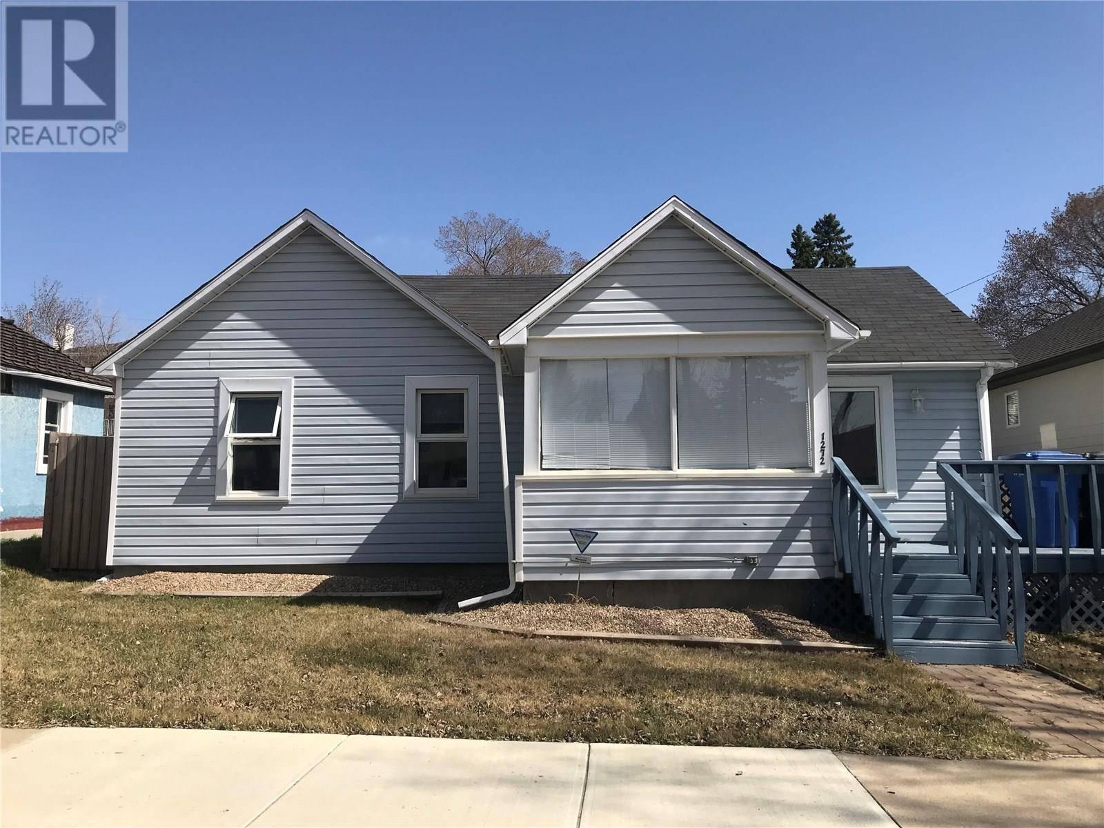 House for sale at 1272 96th St North Battleford Saskatchewan - MLS: SK758652