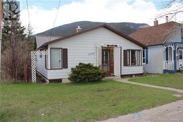 House for sale at 12721 17th Ave Blairmore Alberta - MLS: ld0193868