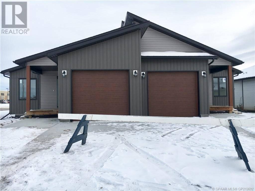 Townhouse for sale at 12725 102a St Grande Prairie Alberta - MLS: GP213692