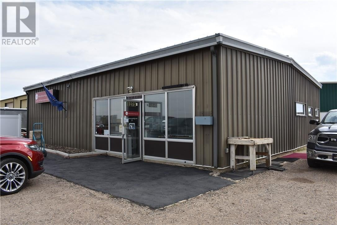 Commercial property for sale at 1275 30 St Southwest Medicine Hat Alberta - MLS: mh0177348
