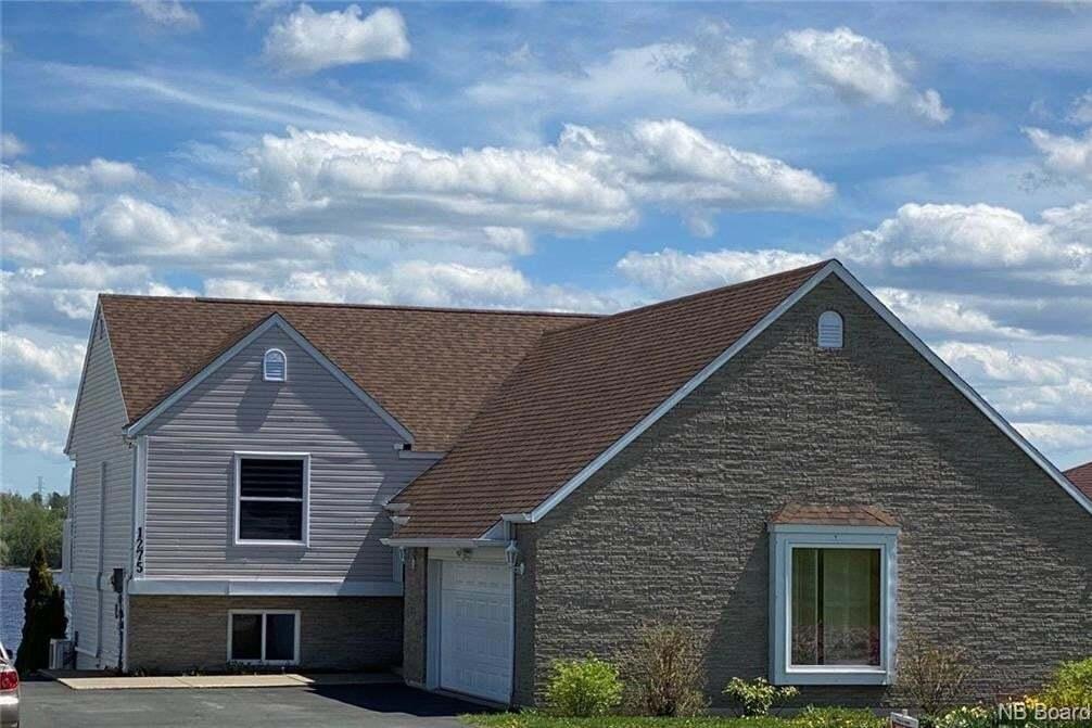 House for sale at 1275 Riverside Dr Bathurst New Brunswick - MLS: NB042611