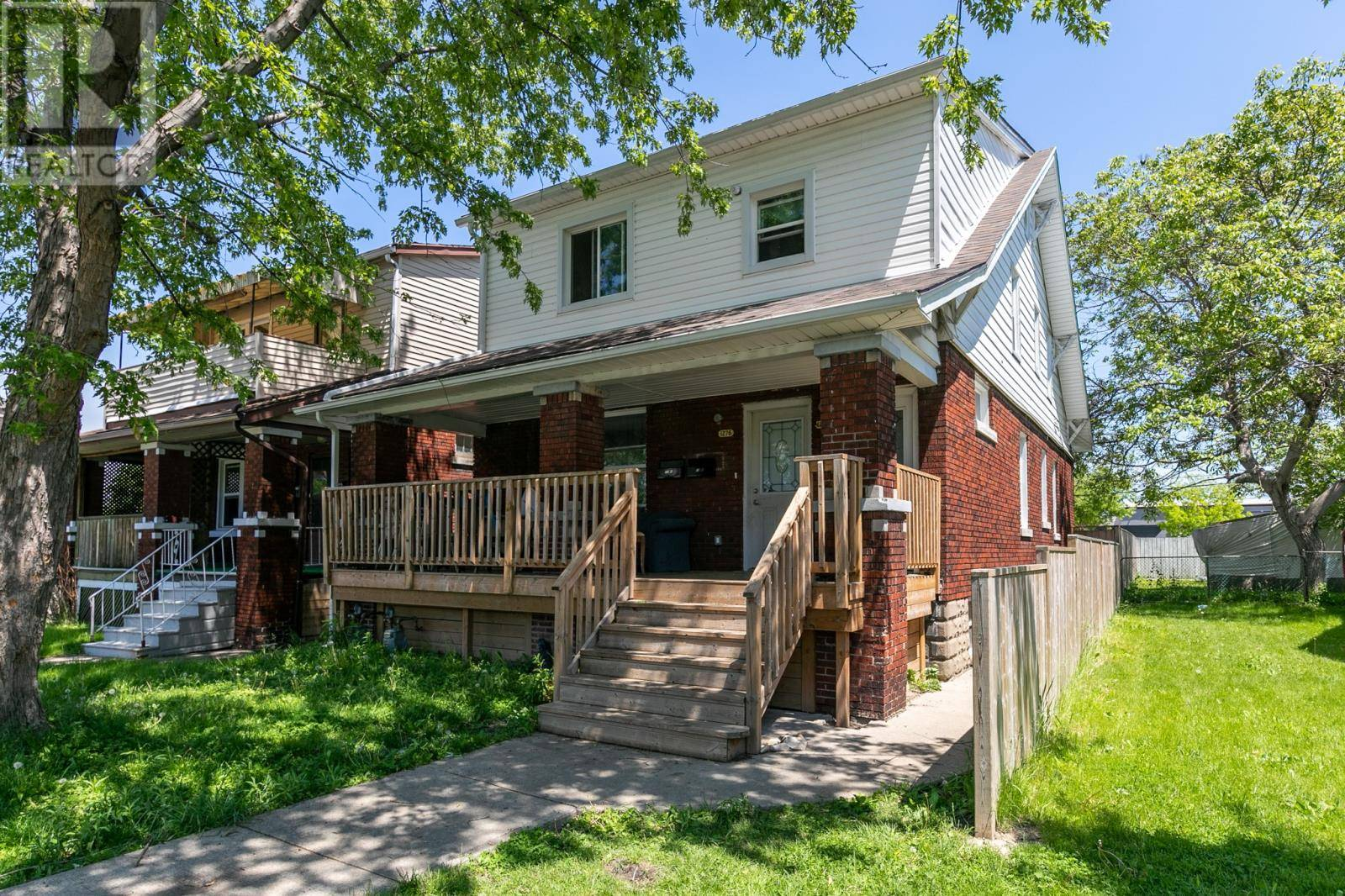 Townhouse for sale at 1276 Goyeau  Windsor Ontario - MLS: 19018975