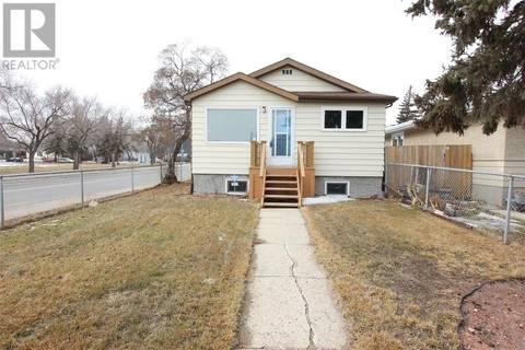 House for sale at 1278 Wascana St Regina Saskatchewan - MLS: SK801324