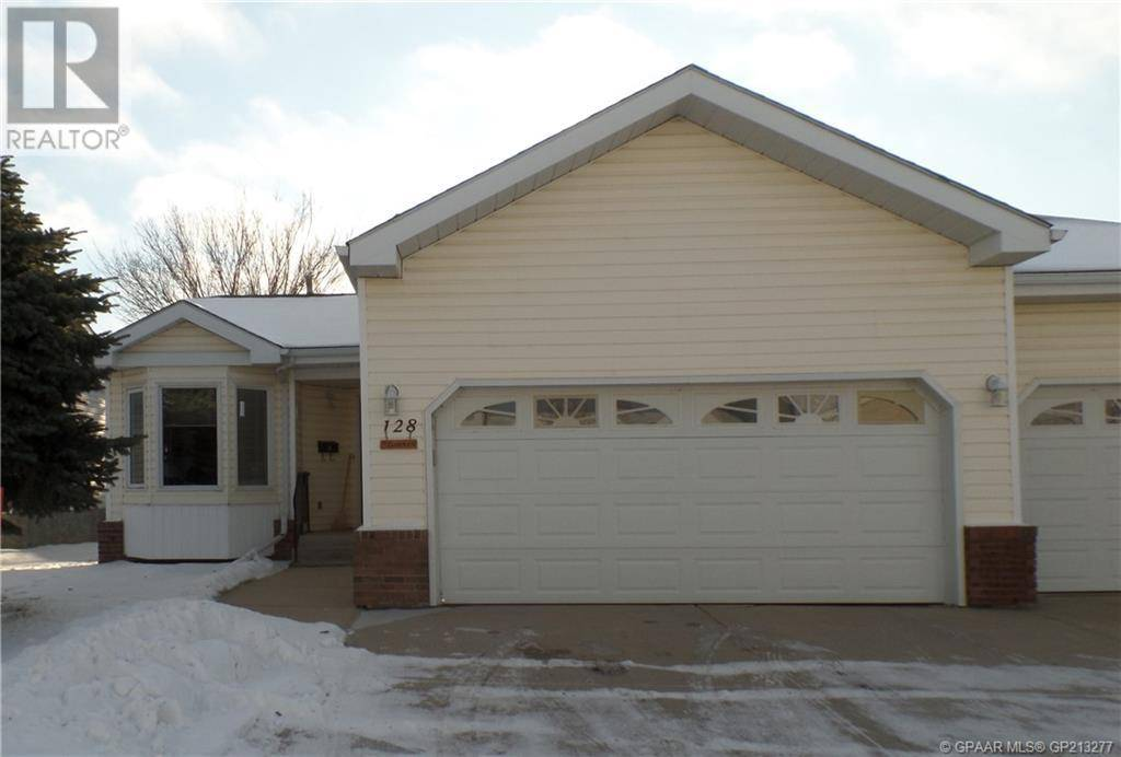 House for sale at 11409 96 St Unit 128 Grande Prairie Alberta - MLS: GP213277