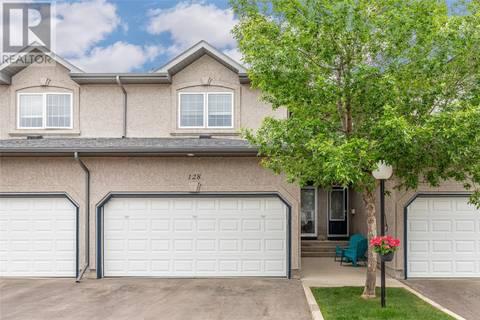 Townhouse for sale at 405 Bayfield Cres Unit 128 Saskatoon Saskatchewan - MLS: SK776497