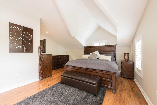 For Rent: 128 Avondale Avenue, Toronto, ON | 3 Bed, 3 Bath House for $3,500. See 14 photos!