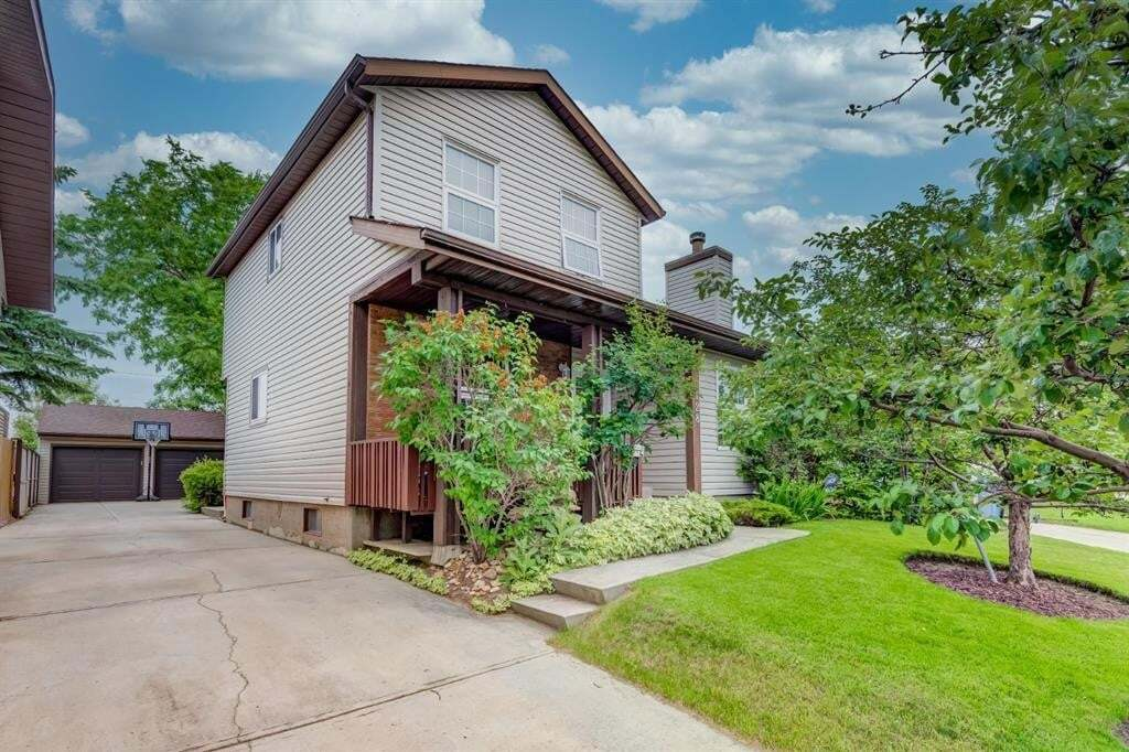 House for sale at 128 Beddington Circ Northeast Calgary Alberta - MLS: A1009465