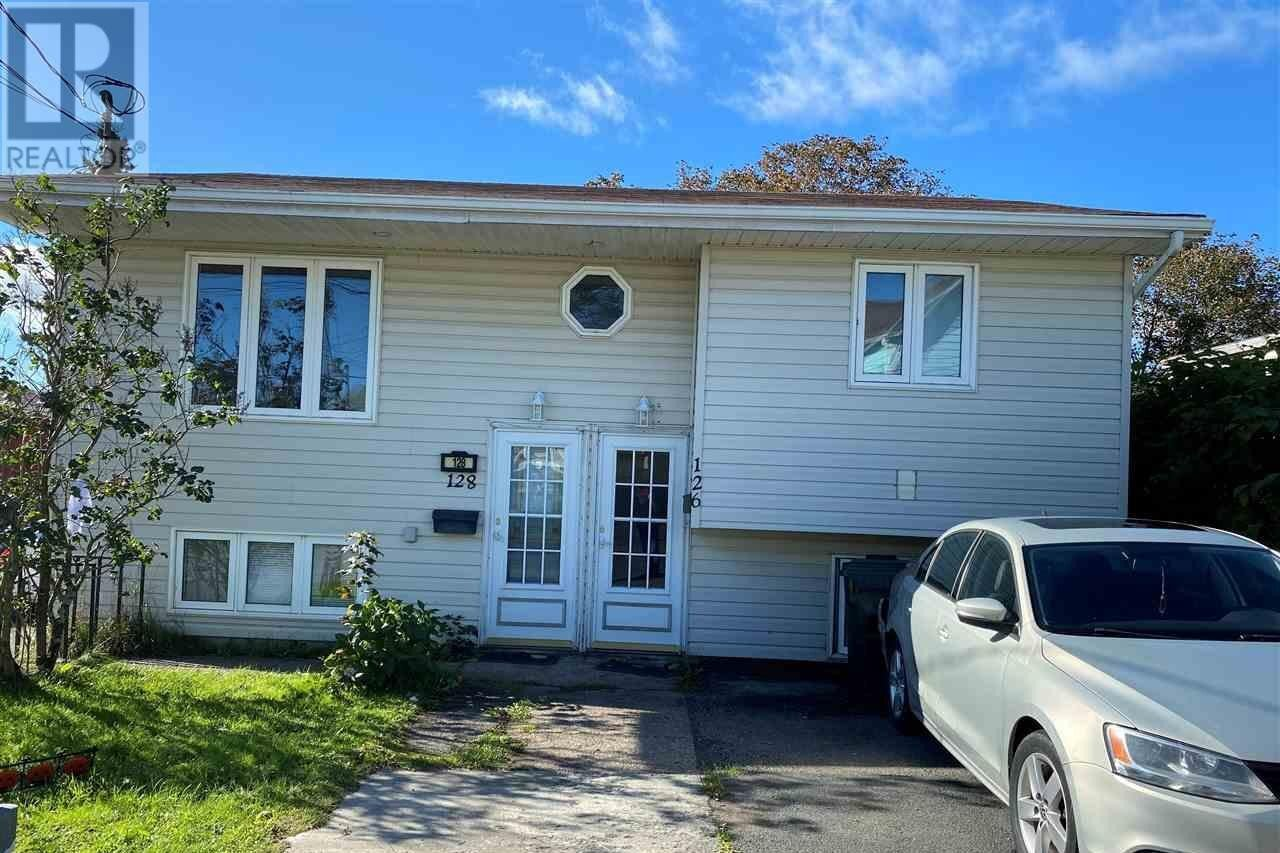 Townhouse for sale at 128 Bruce St Glace Bay Nova Scotia - MLS: 202021790