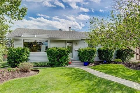 House for sale at 128 Cedar Ridge Cres Southwest Calgary Alberta - MLS: C4252910