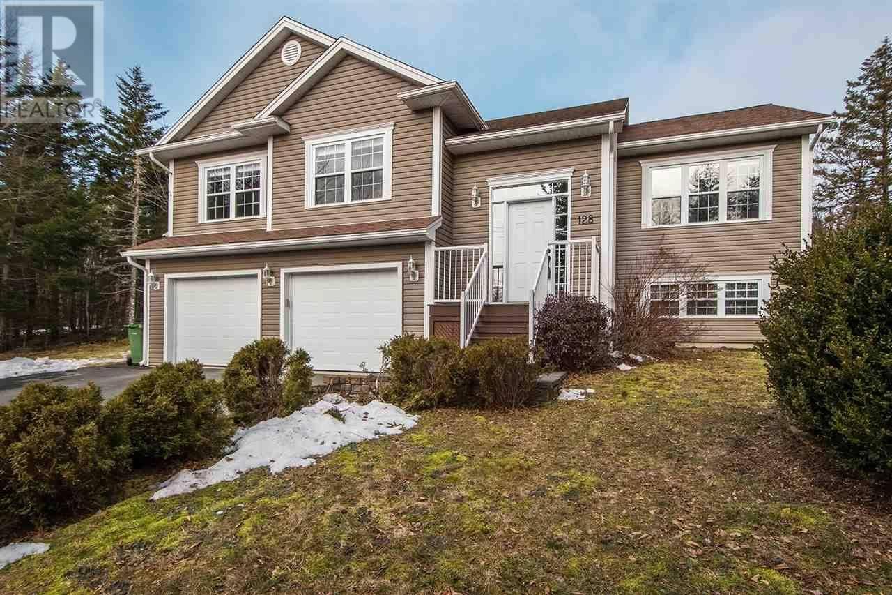 House for sale at 128 Gatehouse Run Hammonds Plains Nova Scotia - MLS: 202004702