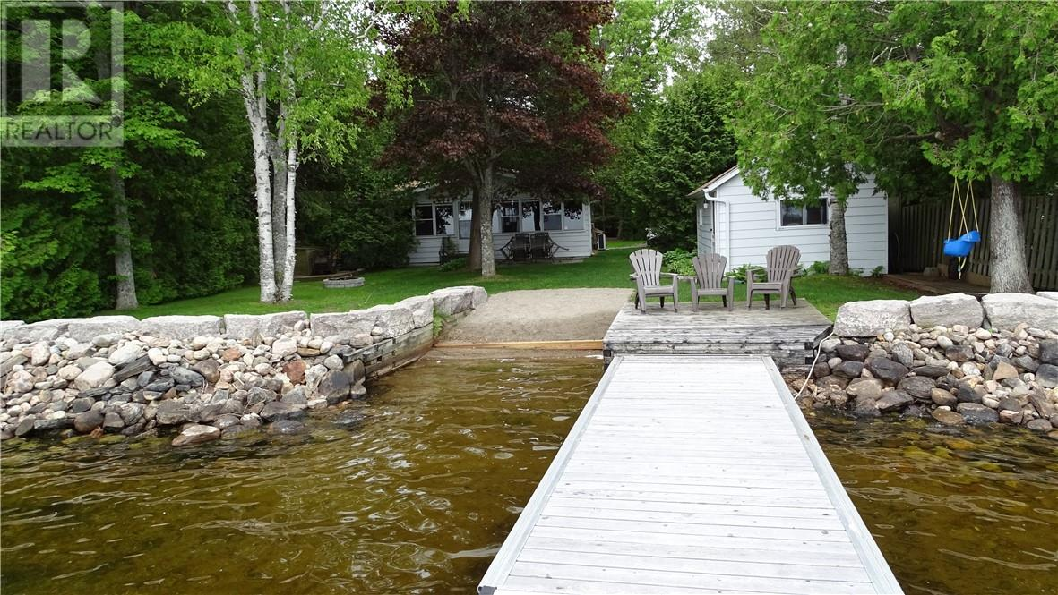 Removed: 128 Grove Road, Fenelon Falls, ON - Removed on 2019-07-11 06:24:20