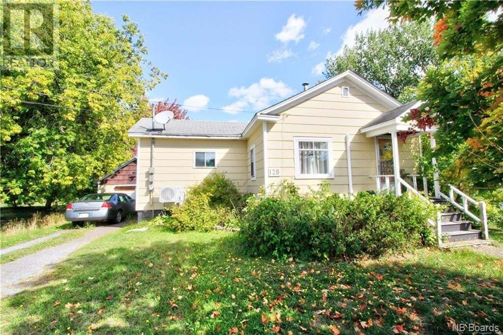 House for sale at 128 Magnolia Ave Sussex New Brunswick - MLS: NB049618