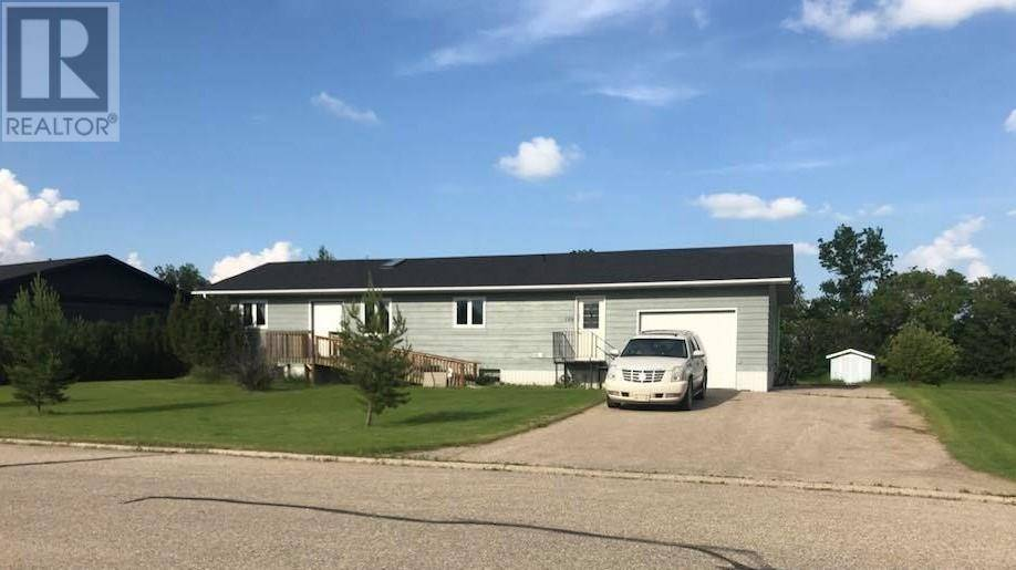 House for sale at 128 Moose By Arcola Saskatchewan - MLS: SK753940